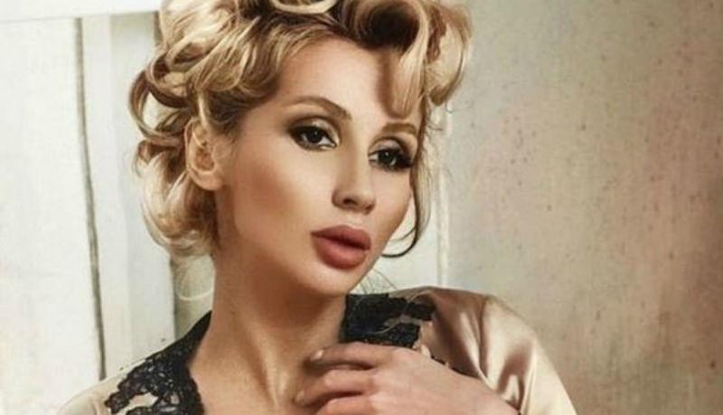 «Пользуется накладками»: обиженный экс-директор Лободы раскрыл ее секрет
