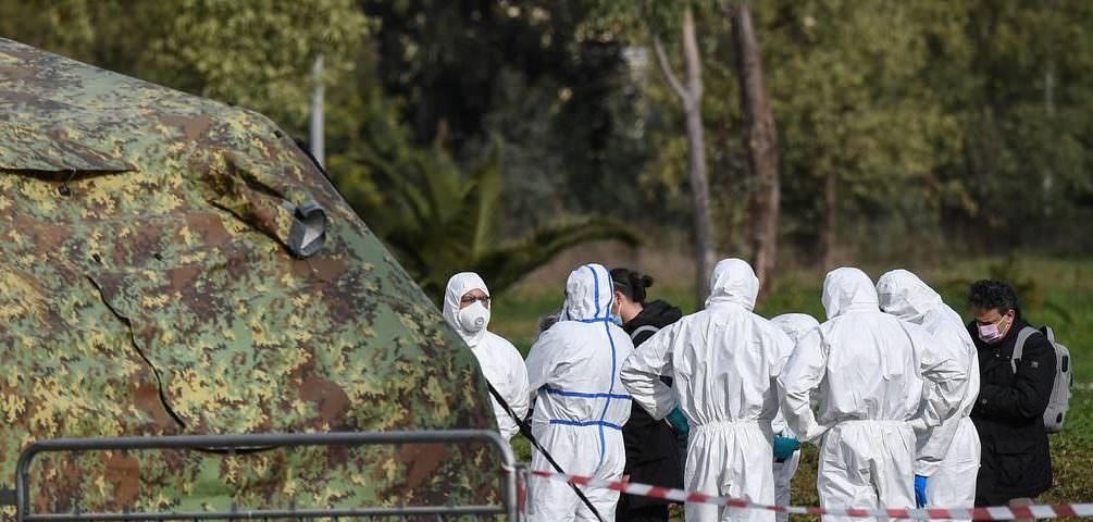 Россия отправит в Италию военных вирусологов и медиков