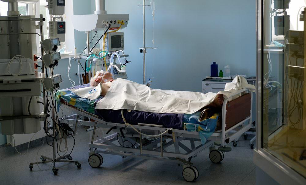 Организм убивает сам себя: московский врач назвала, возможно, самое страшное последствие коронавируса