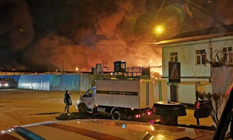 В Иркутской области заключенные устроили бунт и колоссальный пожар
