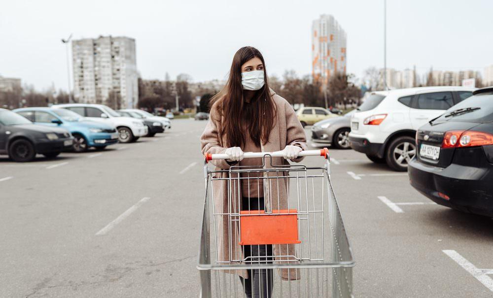 Протест, преступная беспечность или заговор: почему россияне отказываются носить маски во время пандемии