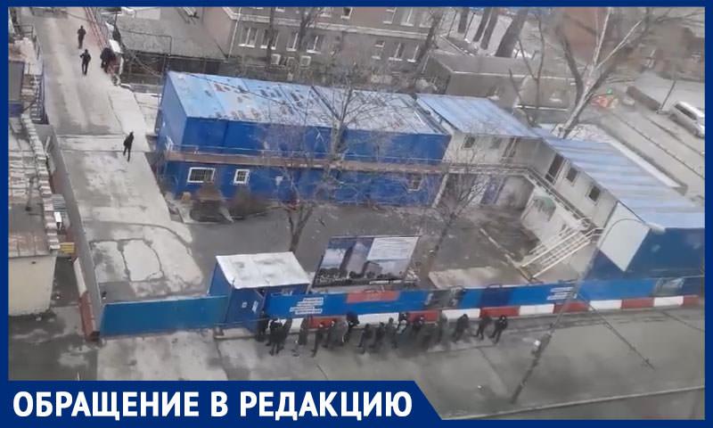 Карантин или пытка? Стройка под окнами сводит с ума москвичей в самоизоляции
