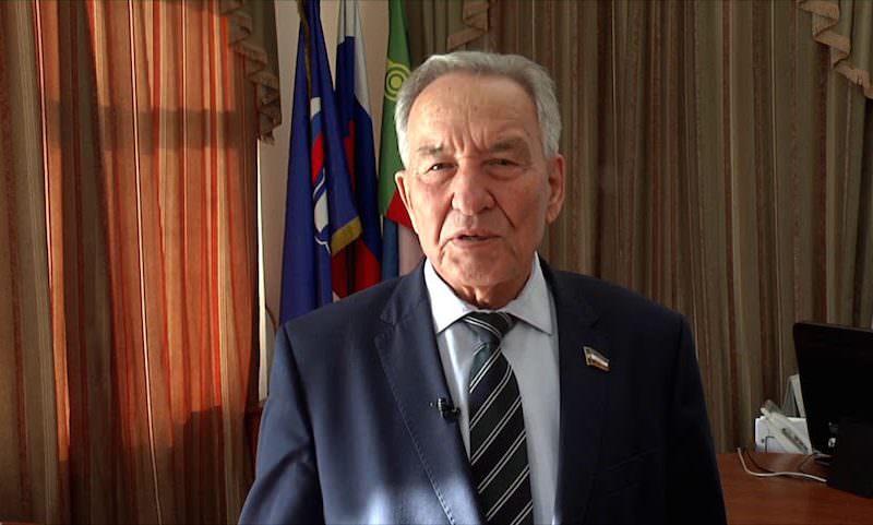 Глава парламента Хакасии обвинил врачей во вспышке коронавируса. Пожаловались Путину