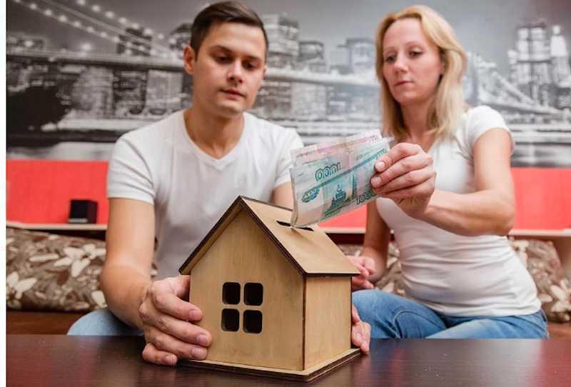 Россияне скупают квартиры, надеясь сохранить накопления