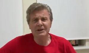 Лев Лещенко записал видео из палаты в Коммунарке