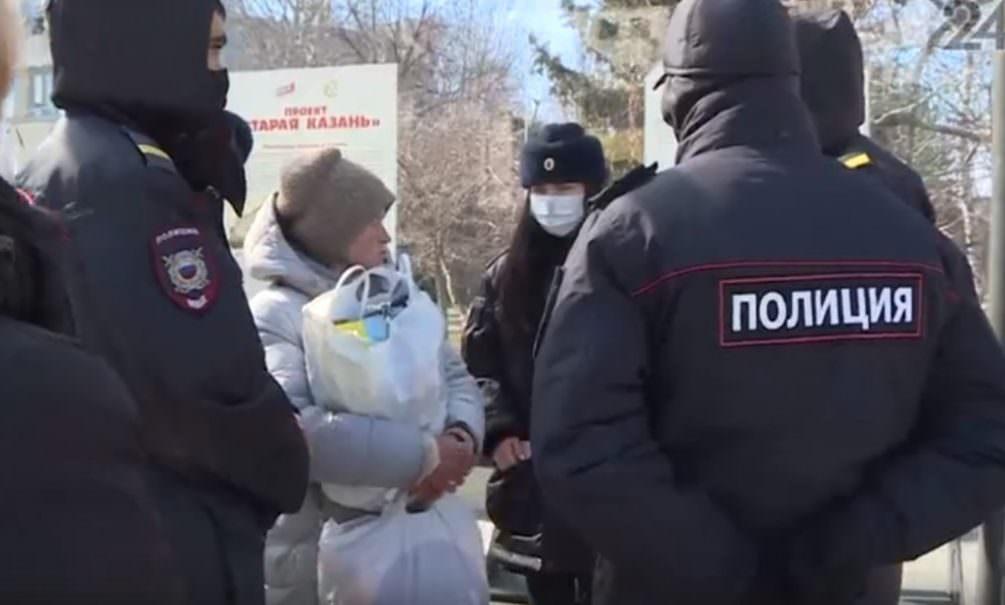 В Казани полиция задержала вышедшую за лекарствами пенсионерку