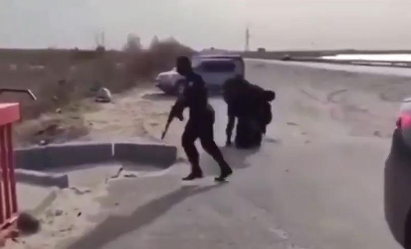 """""""Особо опасный рыбак"""": ОМОН жестко скрутил мужчину в Сургуте"""