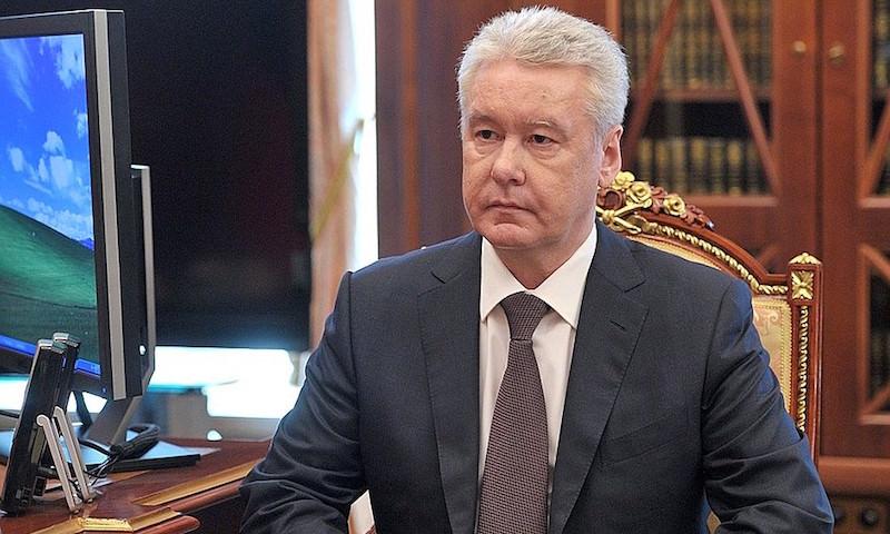 Собянин объяснил, когда и для кого введут цифровые пропуска в Москве