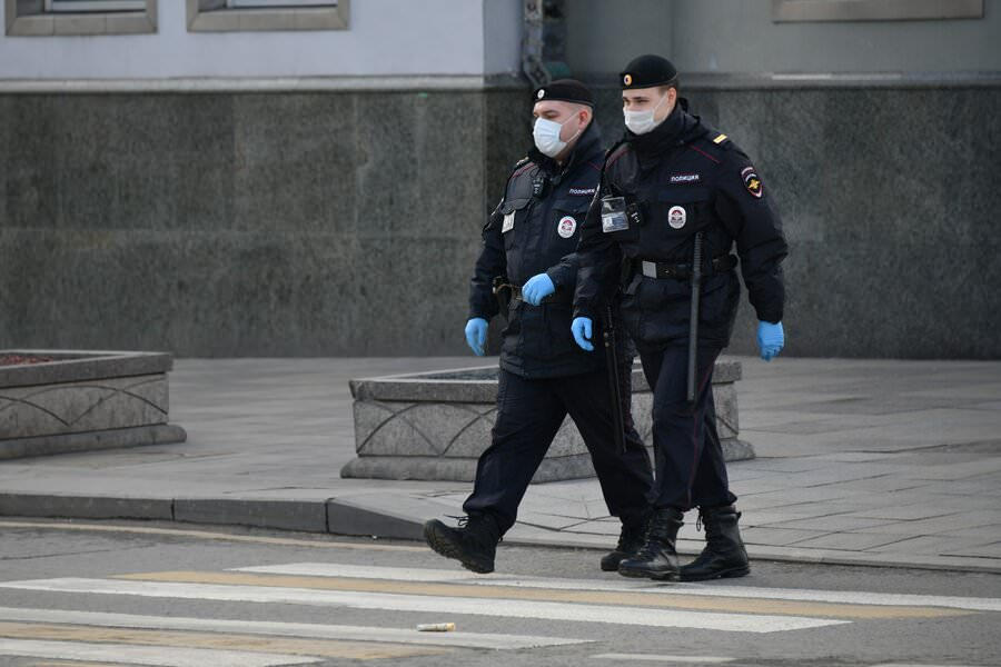 Суд в Москве впервые оштрафовал всю компанию, нарушившую режим самоизоляции