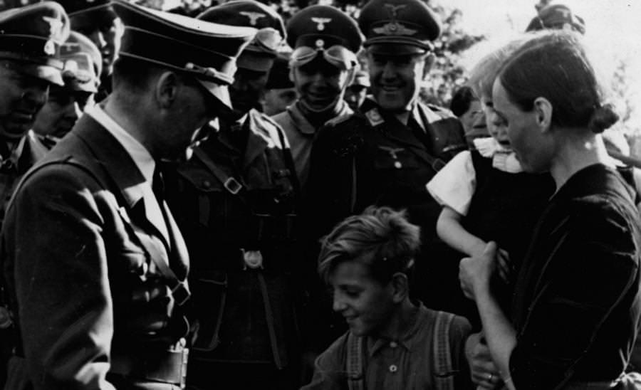 Ученые выяснили, что Гитлер пришел к власти благодаря пандемии