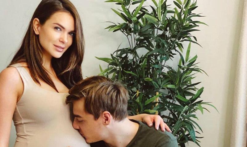 «Врачи разводили руками»: Катя Жужа призналась, что не могла забеременеть 1,5 года