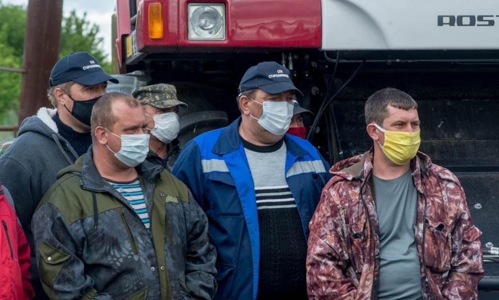 Волгоградские чиновники оставили селян без денег и поставили урожай на край катастрофы