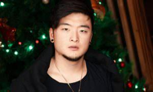 «Это не ущемление прав»: Анатолий Цой считает, что женщина не должна работать