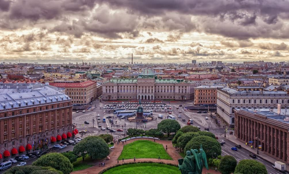 Миллиардные откаты: прихлебателей председателя петербургского ЗакСа Макарова уличили в получении их от инвесторов