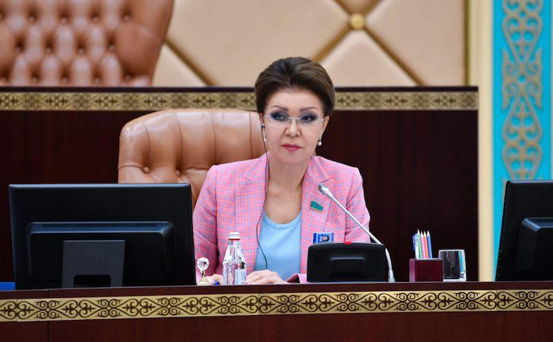 Президент Казахстана отправил в отставку дочь Назарбаева из-за скандала
