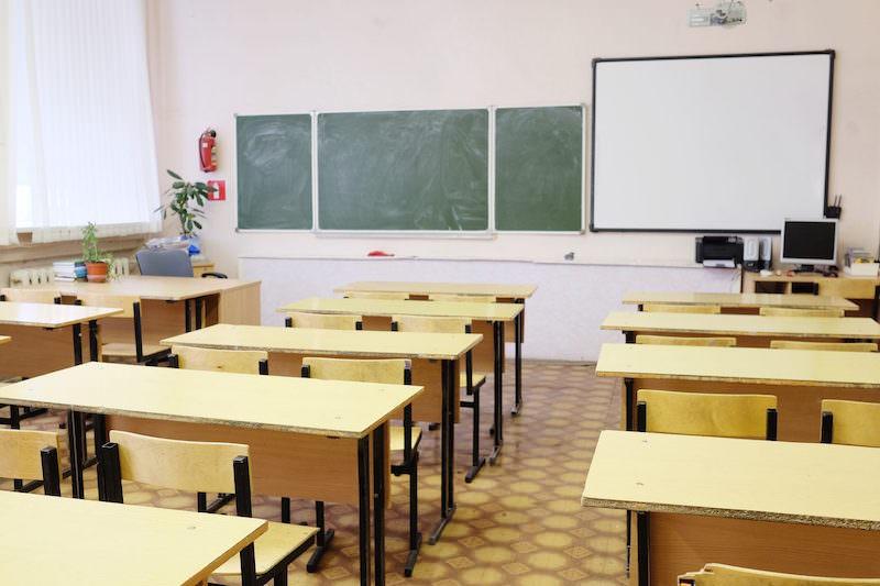 Министерство просвещения отменило экзамены для девятых классов и перенесло ЕГЭ