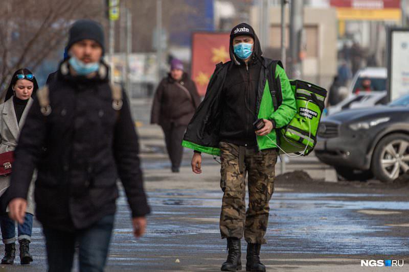Треть россиян назвали коронавирус выдумкой, а опасность преувеличенной