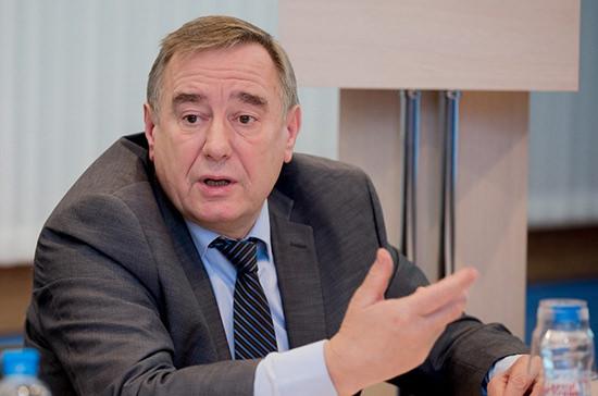 Академик РАН сообщил о способности коронавируса поражать любые органы