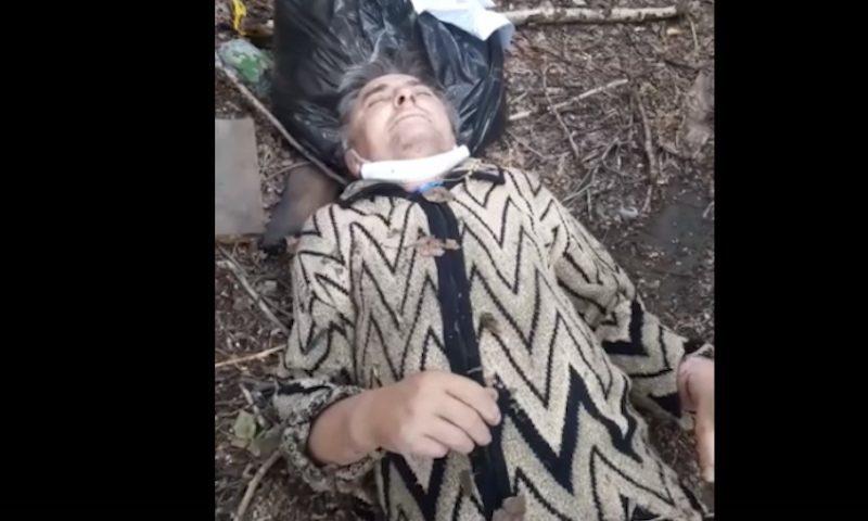 В Омске скорая выбросила больного за гаражи