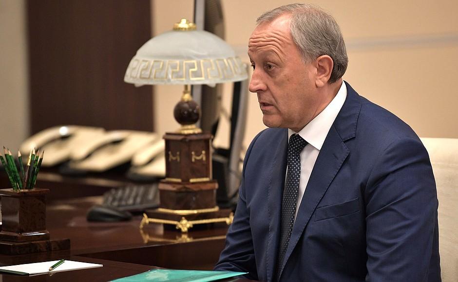 «Шанс отставки велик»: саратовскому губернатору прочат уход с должности