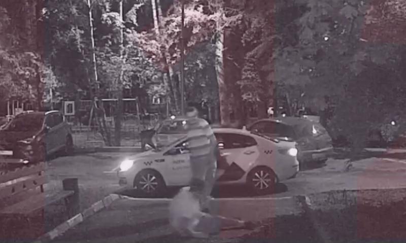 Пьяный москвич устроил расстрел из окна своей квартиры