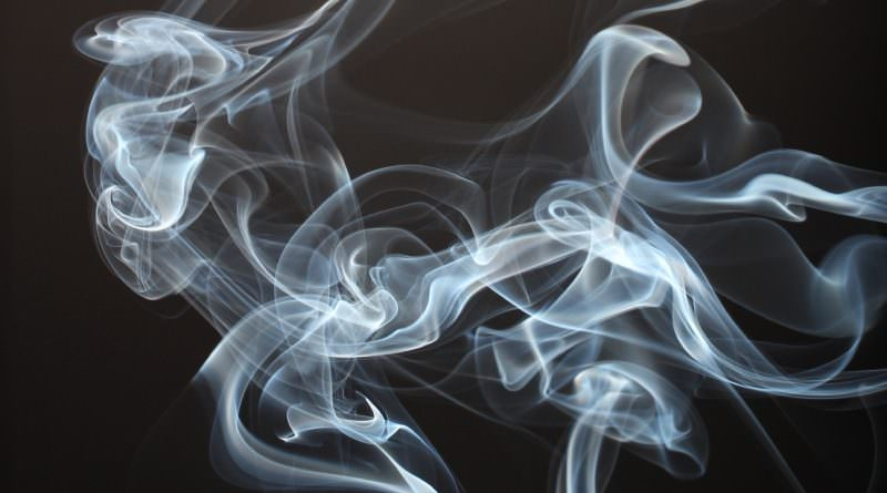 Мамба провела исследование, как привычка курить влияет на желание знакомиться