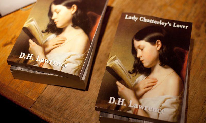 Запретный плод: от российских детей спрячут взрослые книги
