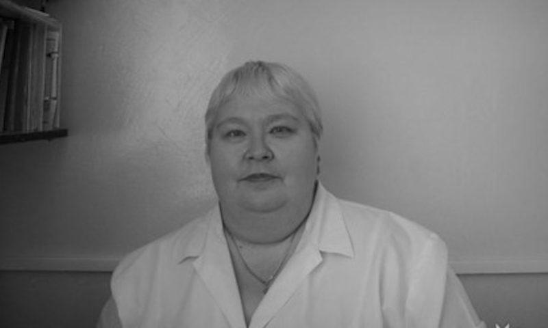 https://bloknot.ru/obshhestvo/ne-vlezet-v-krasnoyarskom-krae-umerla-vrach-s-koronavirusom-kotoroj-otkazali-v-kt-688390.html