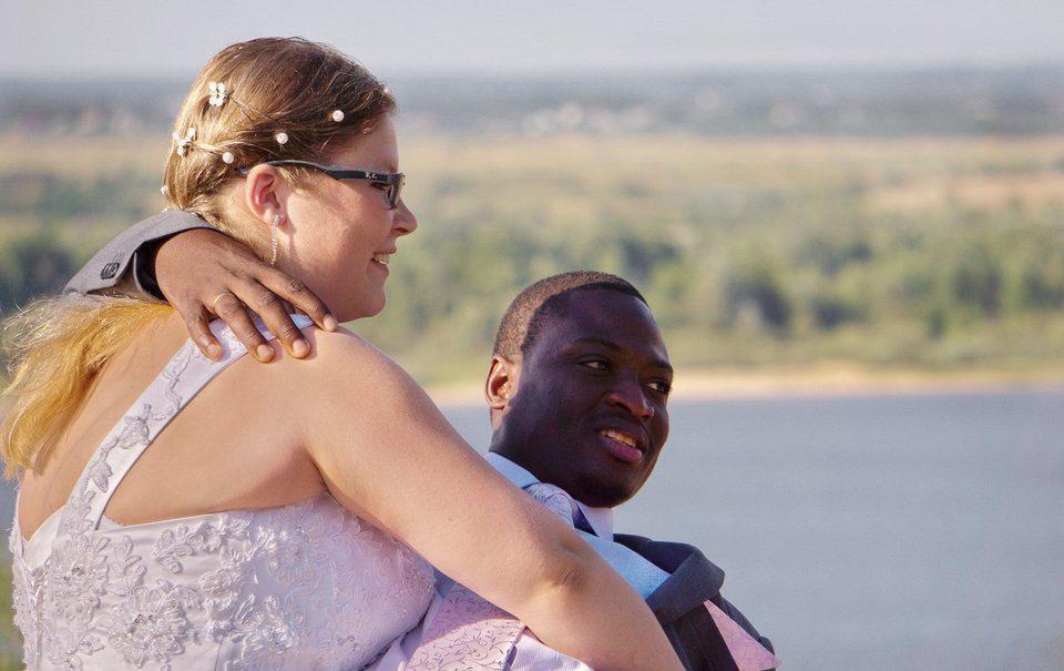 Без разницы: россияне в корне изменили отношение к бракам родственников