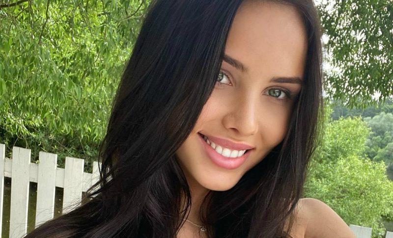 «Потеряла гармонию»: улетевшая на отдых Решетова намекнула на проблемы в семье