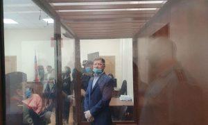 Суд арестовал обвиненного в убийствах хабаровского губернатора