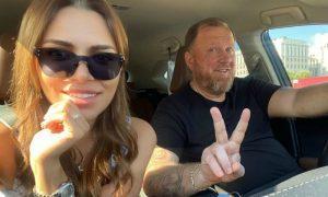 СМИ: ведущий «На ножах» Ивлев женится на любовнице сразу после развода с женой