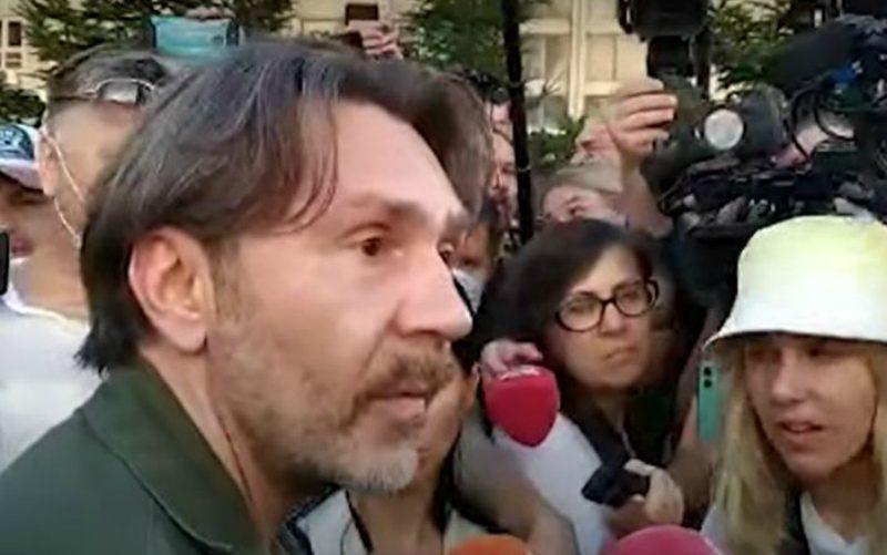 «Надо прислушаться к народу!»: Сергей Шнуров приехал в Хабаровск снимать фильм о протестах