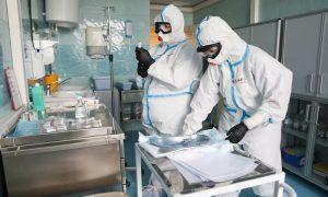 Медики: в России уже заметны предпосылки к третьей волне коронавируса