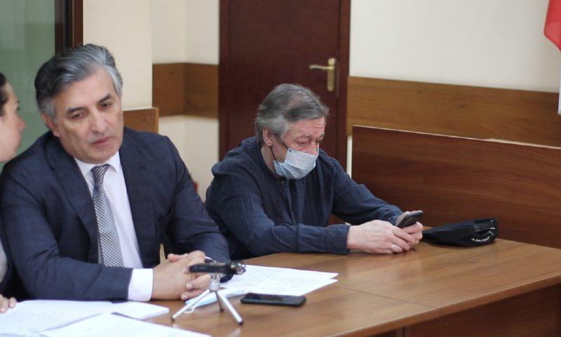 И драма, и комедия: на суд по делу Ефремова продают билеты за 0,5 млн рублей