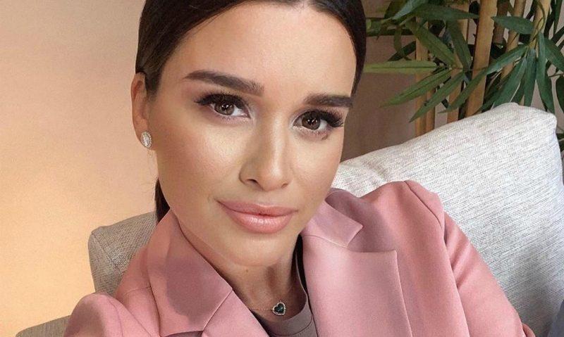 «Если располнела после родов, и муж ушел - виновата сама»: Ксения Бородина попала в новый скандал