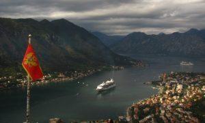 Без дополнительных условий: Черногория открыла россиянам границы