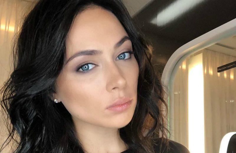 «Мучаюсь полжизни»: Самбурская призналась в «позорном» изъяне