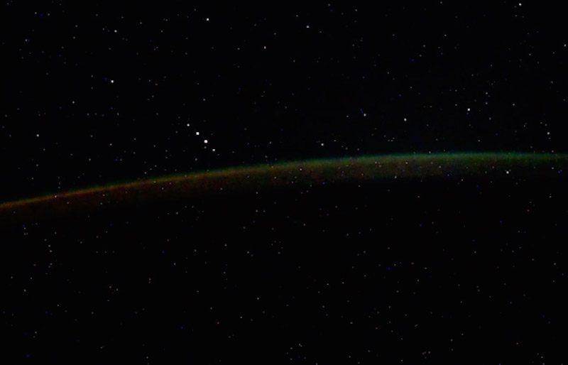 Российский космонавт увидел пять НЛО возле космической станции