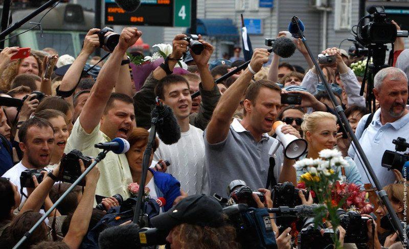Кто и почему: итальянский профессор-международник изложил свою версию отравления Навального