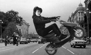30 лет, как «Цой жив». Как влететь на скутере в вечность?