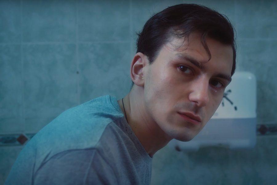 Рэпер Эллей, задавивший людей в Москве, был под наркотиками. Сам он говорит, что просто лечил остеохондроз