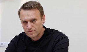 Навальный разместил в соцсети «сенсационное» видео из гостиницы в Томске с той самой бутылкой с «Новичком»