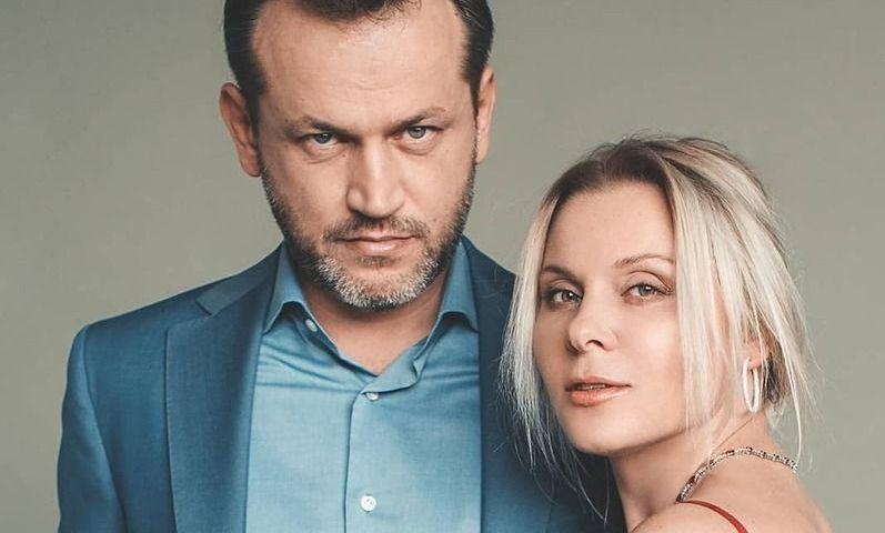 «Мужчину с яйцами это не смутит»: Яна Троянова заявила, что зарабатывает больше мужа