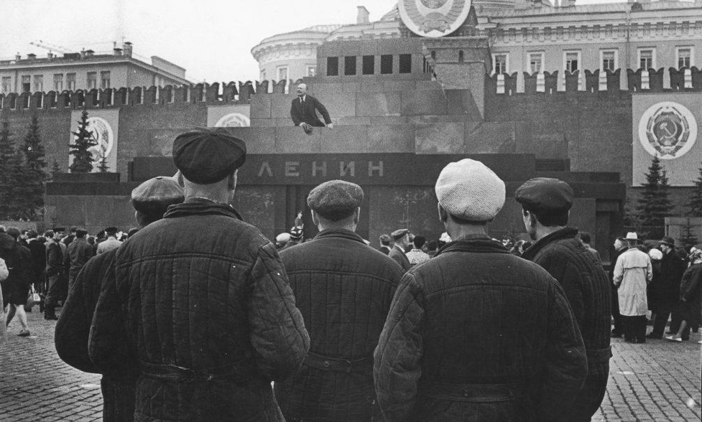 Союз архитекторов строит планы на мавзолей Ленина (но вождя еще не хоронят)