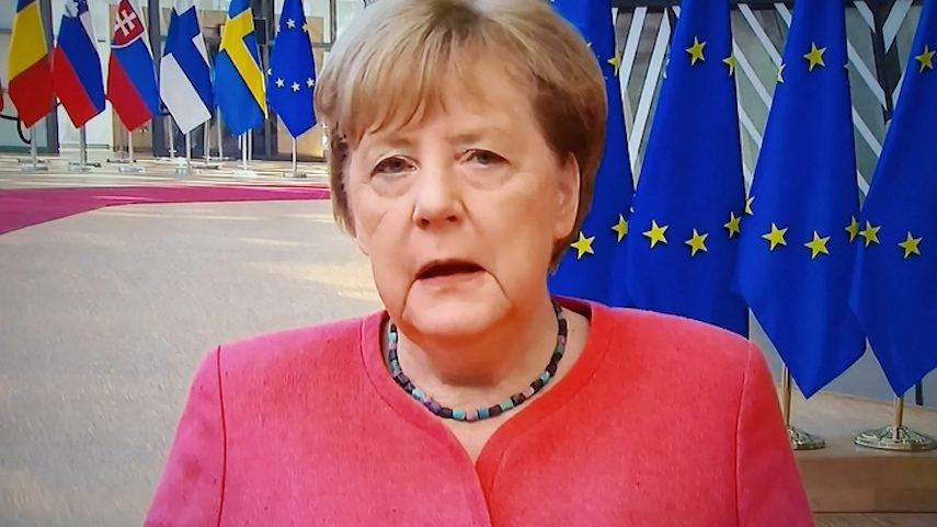 СМИ узнали о сверхсекретной операции Германии: тайный визит Меркель к Навальному