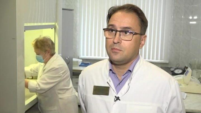 «Какие-то диеты»: омский токсиколог считает, что Навальный сам себя довел до комы