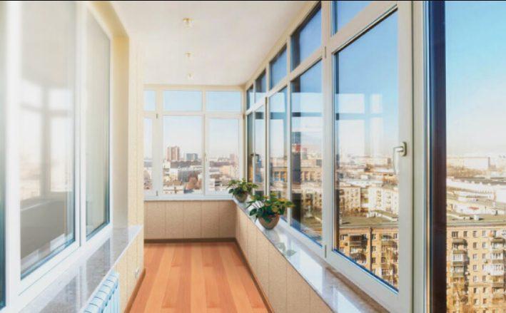Какой вариант остекления лучше выбрать для балкона или лоджии