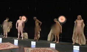 Стриптиз на детском ТВ в Дании: голые волонтеры показывают подросткам, как выглядит «нормальное взрослое тело»
