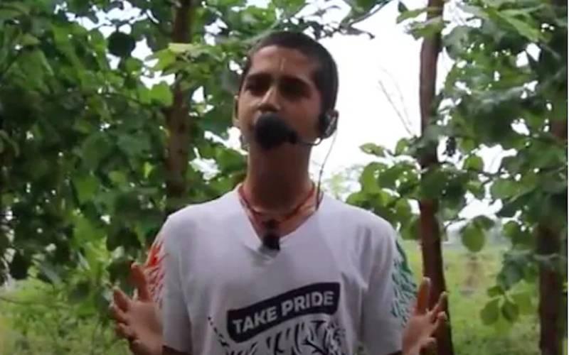 """""""Пейте дождевую воду и переезжайте в деревню!"""": предсказавший пандемию 14-летний пророк дал новые советы"""